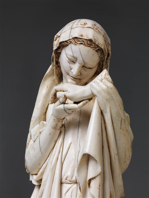 Vierge de la descente de croix en ivoire du musée du Louvre